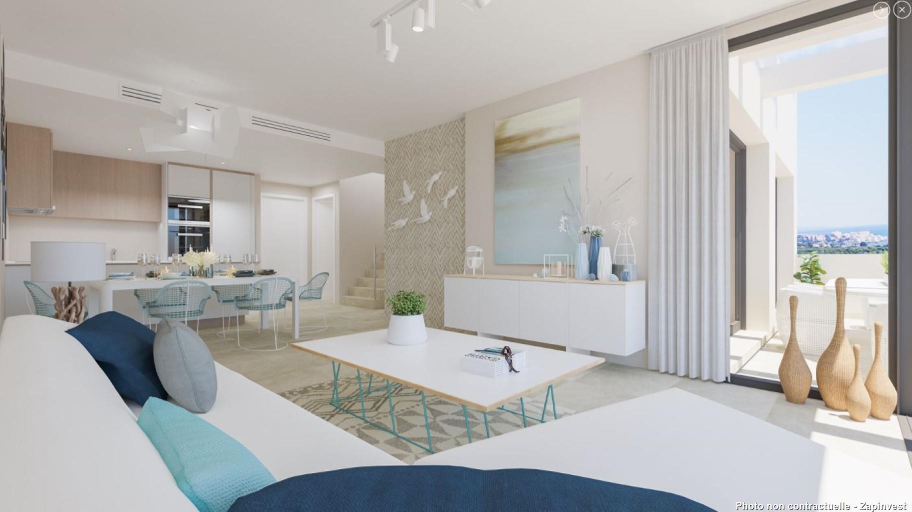 Attention, veuillez noter que le prix est à partir de 235.000€ pour un appartement 2 chambres et 2 salles de bain ! Appartement à seulement 10 minutes de la magnifique ville d'Estepona et son port de plaisance !